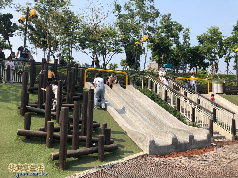 風禾公園磨石子溜滑梯