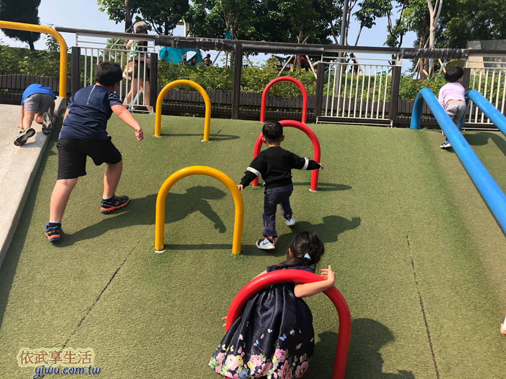 風禾公園攀爬設施