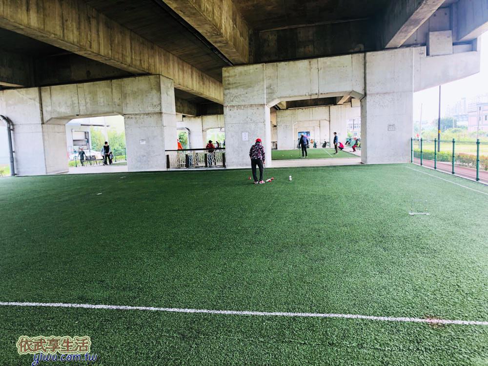桃園國2橋下兒童冒險公園槌球場