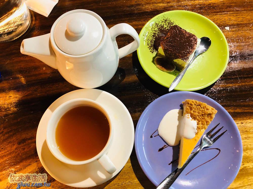 新竹托斯卡尼尼竹科店熱水果茶及蛋糕