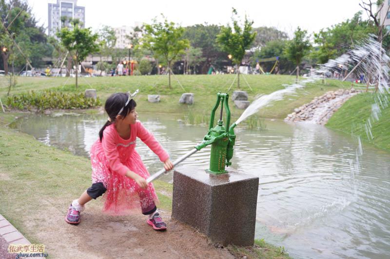 新竹綠光公園復古式汲水器