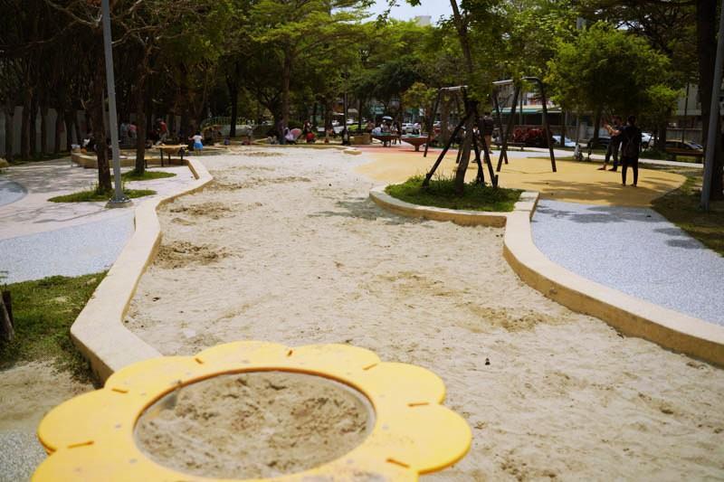 新竹公園大沙坑特色遊戲場大沙坑