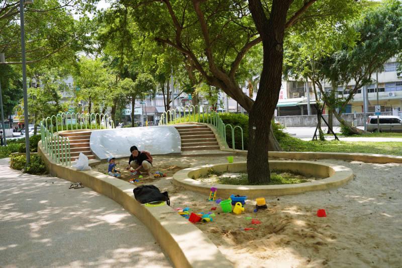 新竹公園大沙坑特色遊戲區