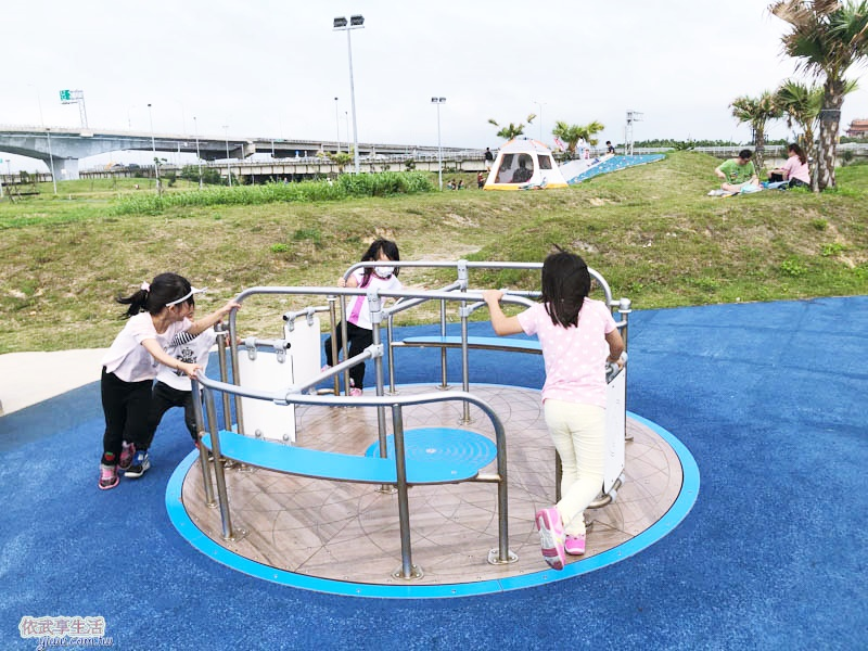南寮運動公園大型旋轉盤