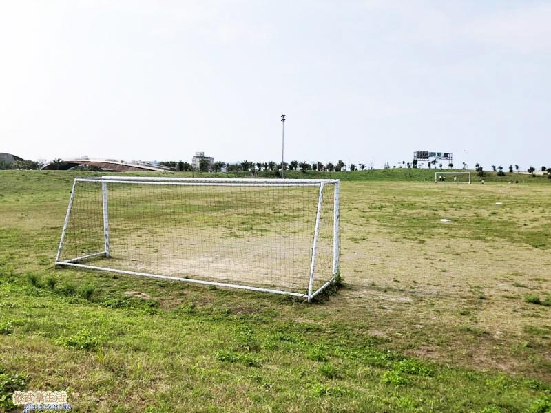 南寮運動公園足球場