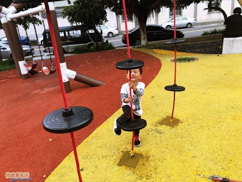 新竹竹東中正公園(兒童公園)巨型攀爬網