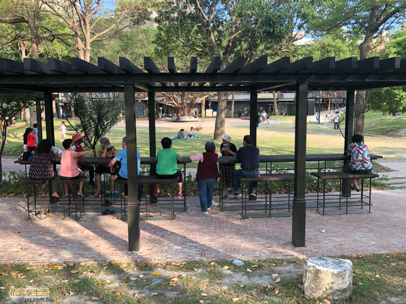 長和公園吧檯型休憩涼亭