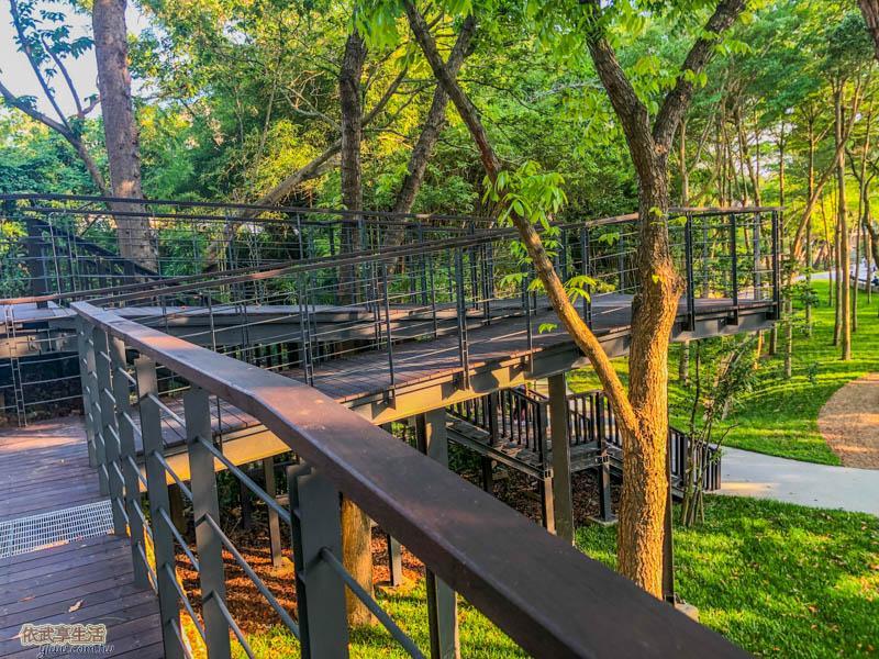 新竹明湖公園無障礙高架步道