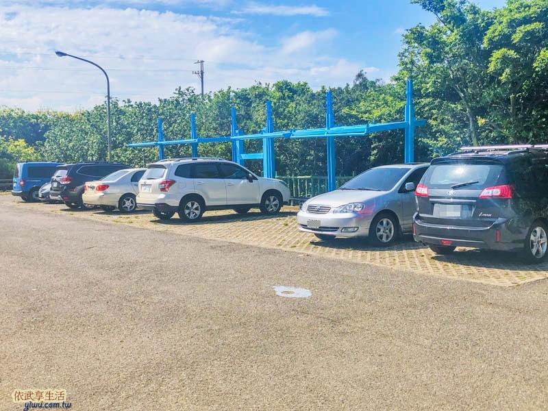 新月沙灣停車場