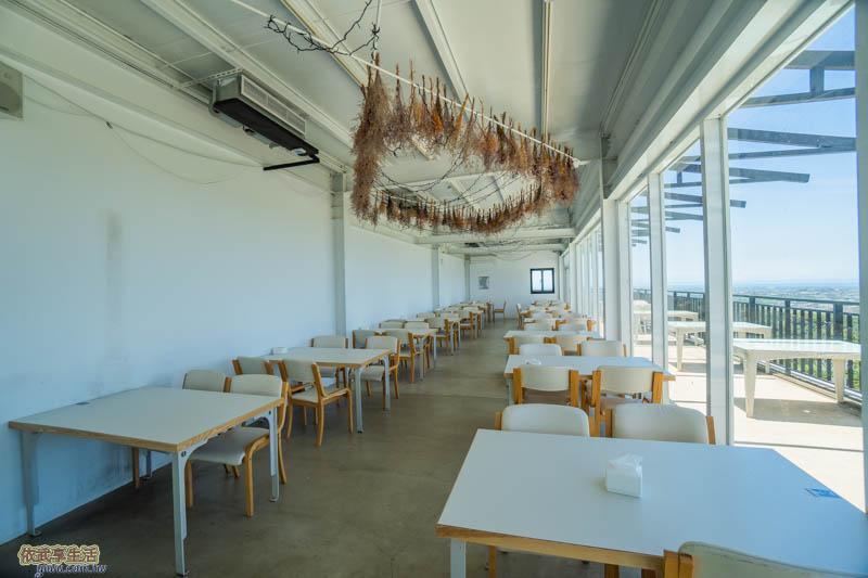 夏季三角景觀咖啡廳二樓