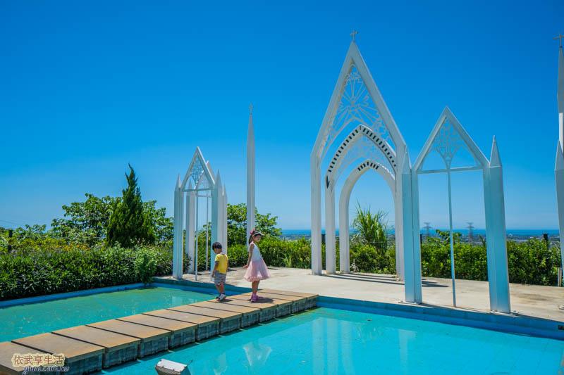 夏季三角景觀咖啡廳水上教堂