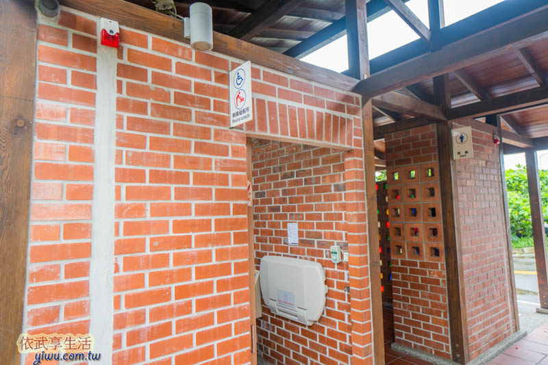 香山濕地賞蟹步道廁所