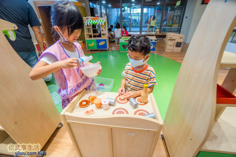 新竹香山親子館木製廚房遊戲組