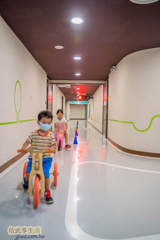 香山親子館兒童滑步車道
