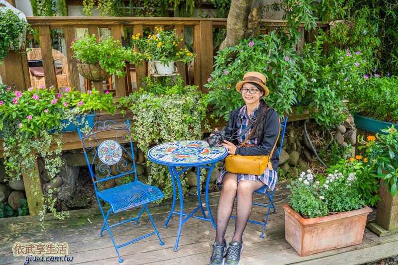 新瓦屋客家文化保存區紅瓦紫藤咖啡館