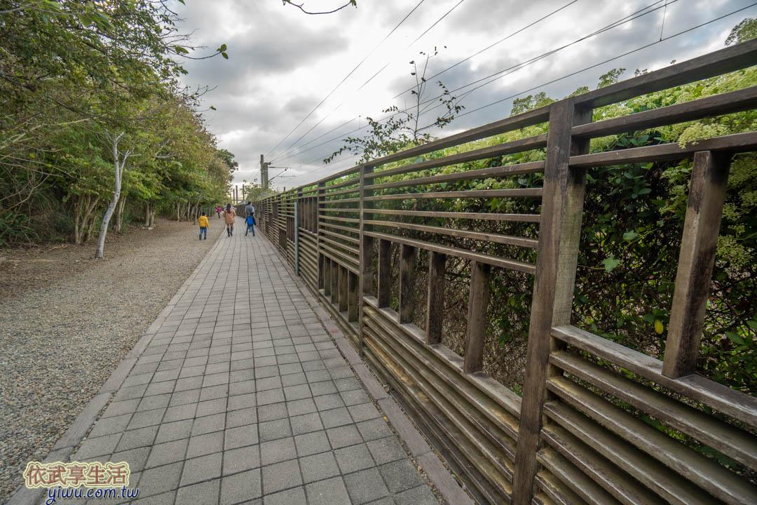 崎頂子母隧道觀景台
