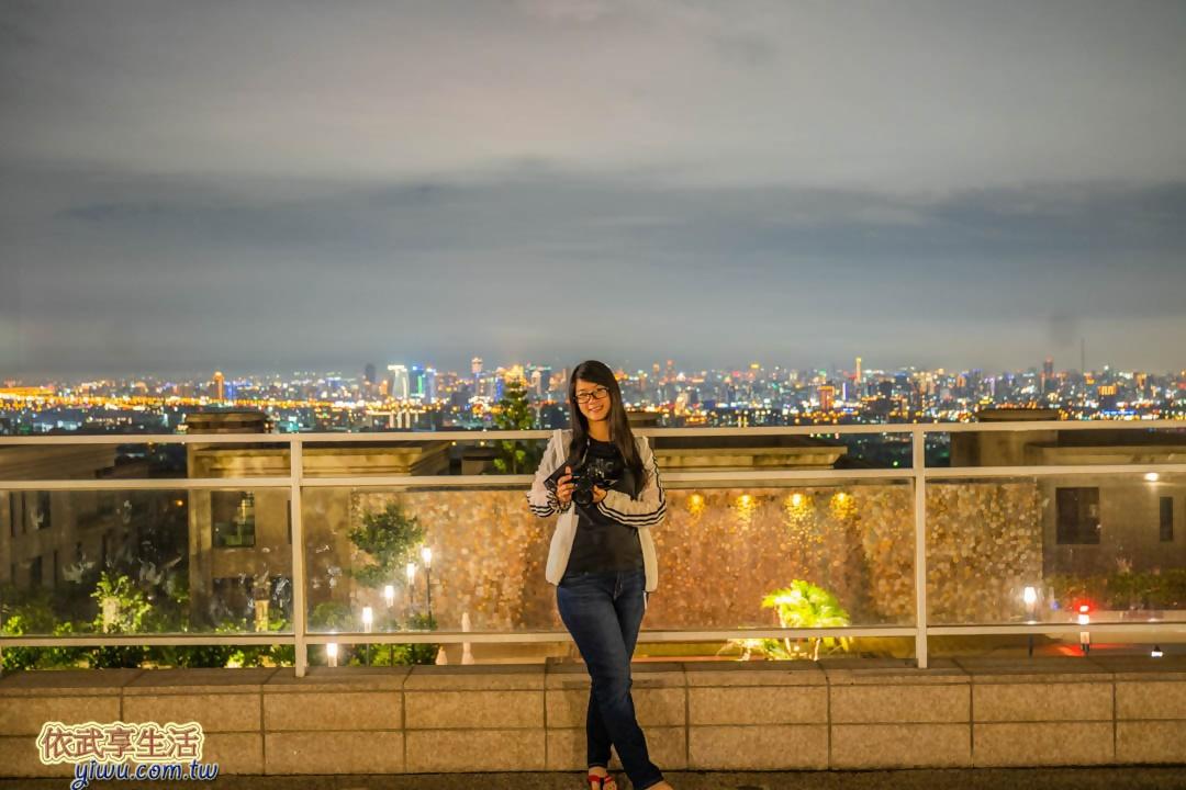 台中清新溫泉飯店夜景
