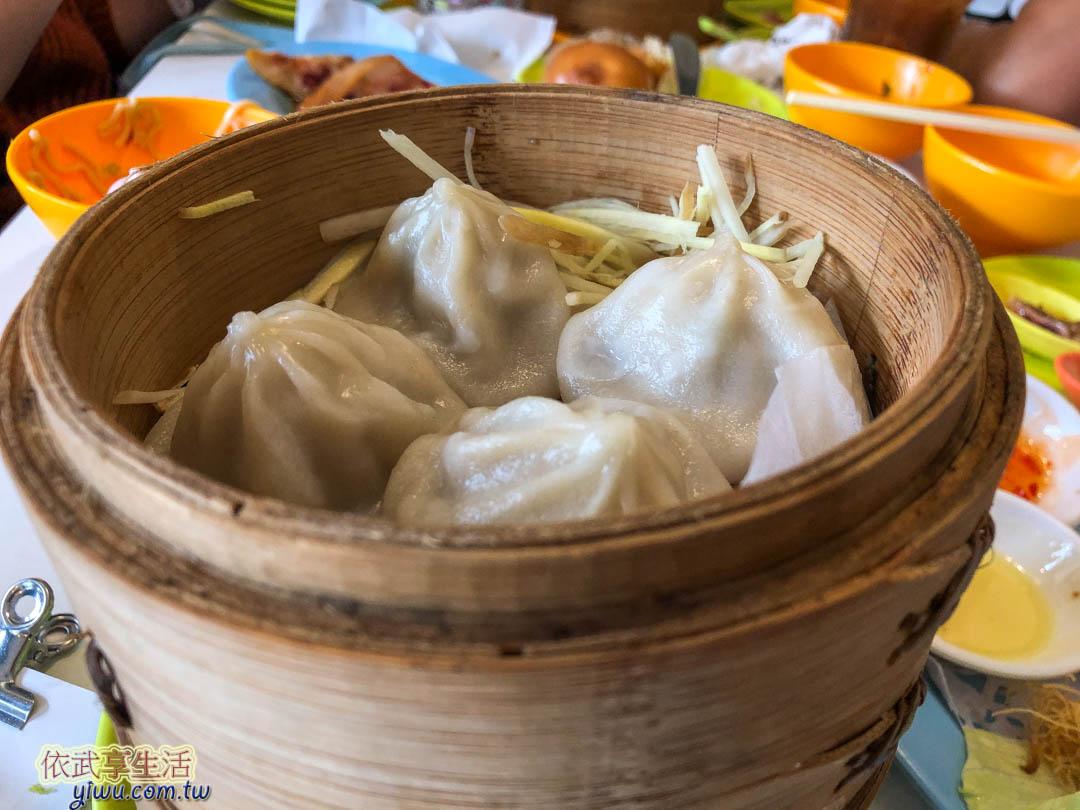 台南鑫華茶餐廳湯包